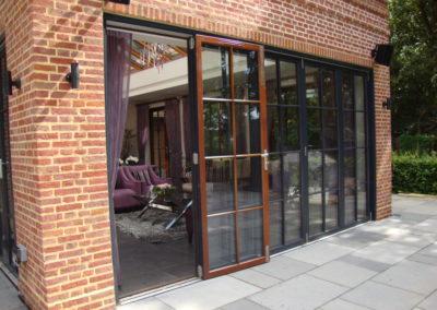 sliding-bifold-doors 4